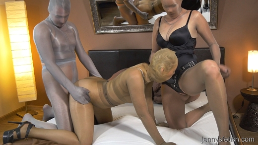 Cheating cougar sperm swap